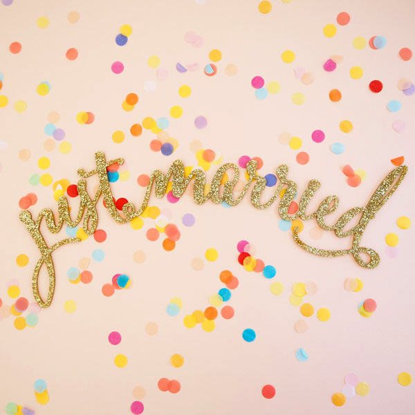 just_married_glitter